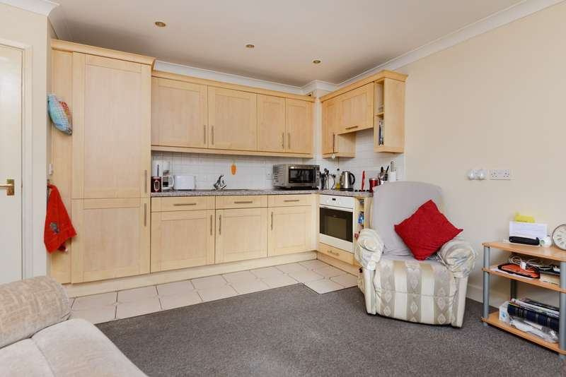 2 Bedrooms Apartment Flat for sale in Station Road West, Canterbury, CT2