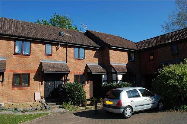 2 Bedrooms Terraced House for sale in HORLEY, RH6