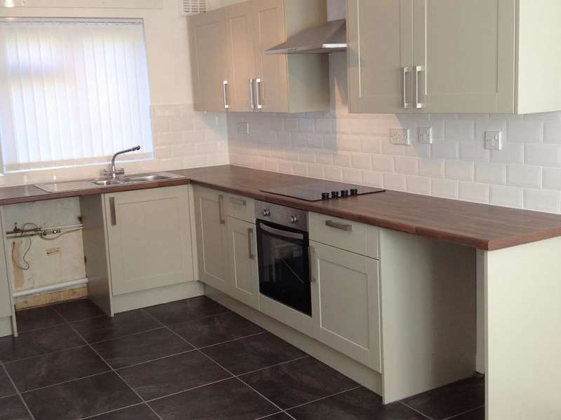 3 Bedrooms Semi Detached House for rent in Manor Wood, Coulby Newham, Middlesbrough, Cleveland, TS8 0RN