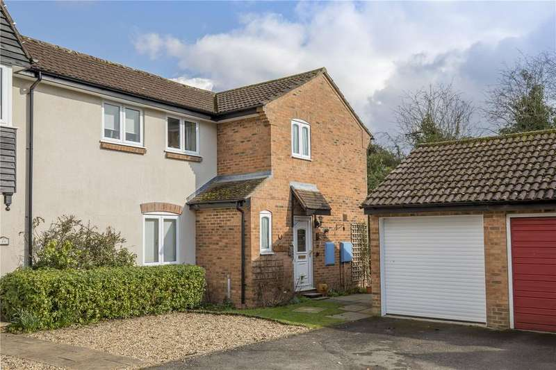 3 Bedrooms Semi Detached House for sale in Brakynbery, Northchurch, Berkhamsted, Hertfordshire, HP4