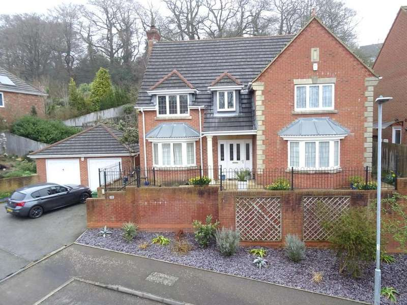5 Bedrooms Detached House for sale in Shining Cliff, Hastings