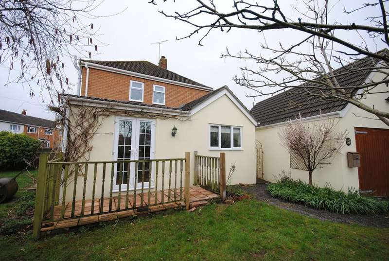 3 Bedrooms Semi Detached House for sale in Stockmead, Langford