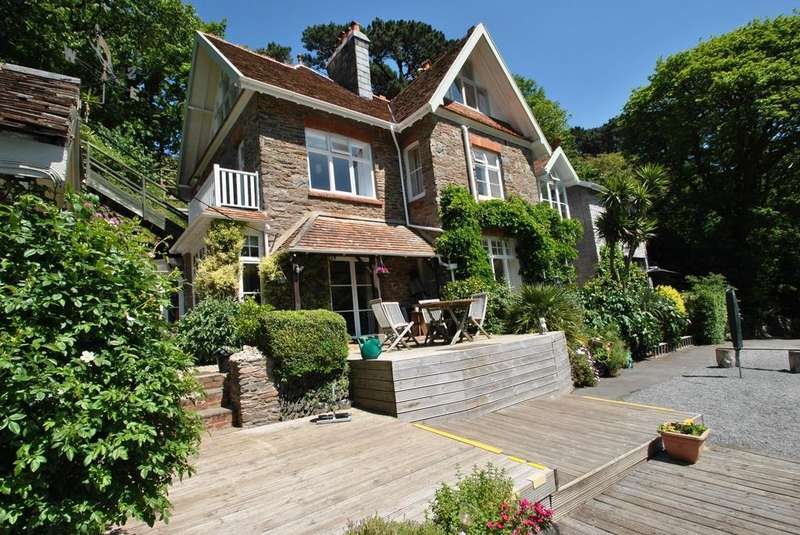 10 Bedrooms House for sale in Lynmouth, Devon