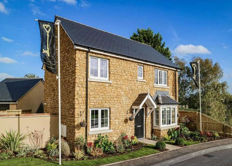 3 Bedrooms Detached House for sale in Refined detached home in an enviable edge of Village location