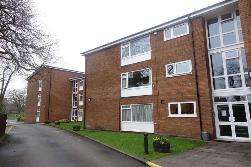 2 Bedrooms Flat for sale in Garstang Road, Preston, PR1