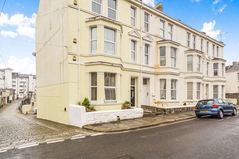 2 Bedrooms Flat for sale in Central Road, Plymouth, PL1