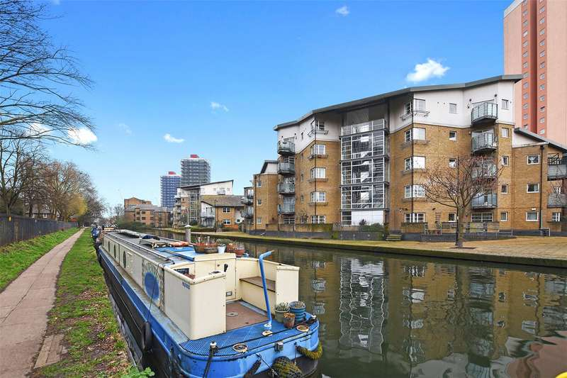 2 Bedrooms Flat for sale in Heron House, 35 Sycamore Avenue, London, E3