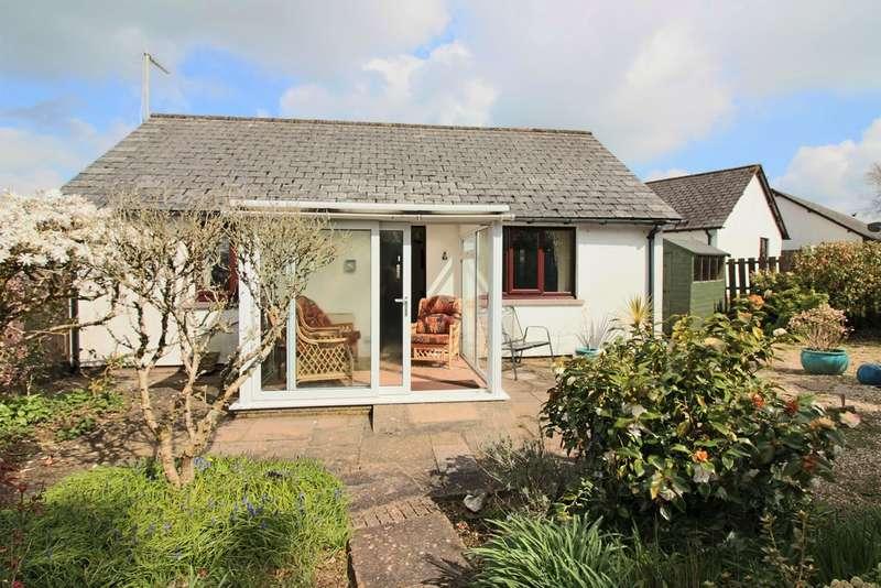 2 Bedrooms Detached Bungalow for sale in Shipley Close, South Brent, Devon
