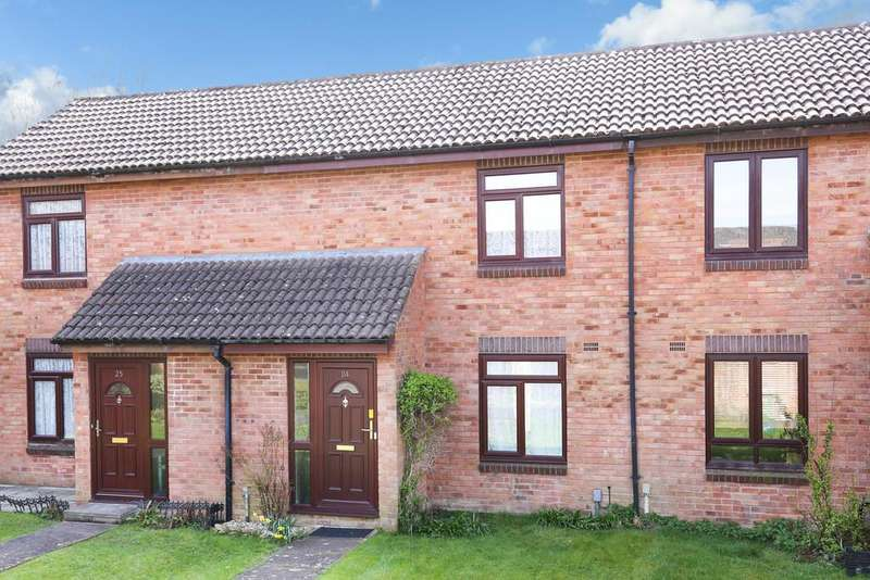 2 Bedrooms Terraced House for sale in Lime Close, Frome