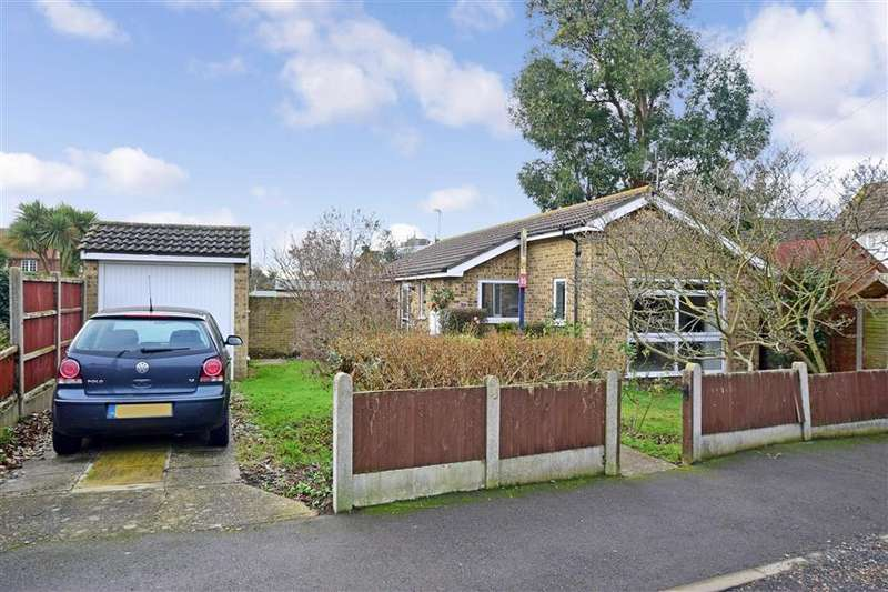 2 Bedrooms Detached Bungalow for sale in Douglas Avenue, Whitstable, Kent