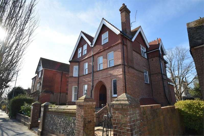 1 Bedroom Flat for sale in St Annes Road, Eastbourne