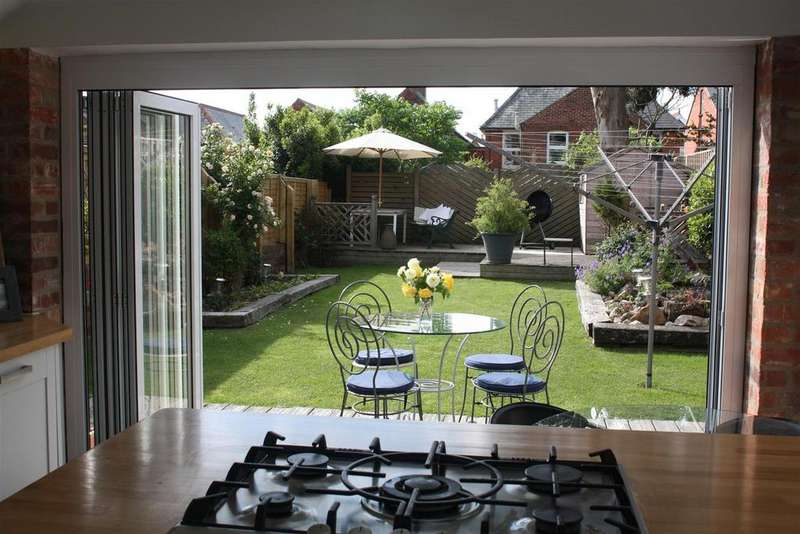 4 Bedrooms House for sale in Mill Hill Road, Cowes