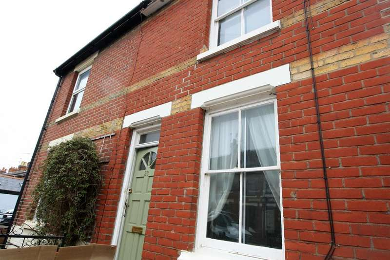 3 Bedrooms Terraced House for rent in Rebow Street, Colchester, CO1