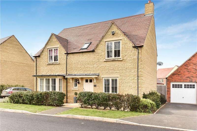 4 Bedrooms Detached House for sale in Trubshaw Way, Moreton-In-Marsh, Gloucestershire, GL56