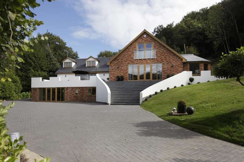 6 Bedrooms Detached House for sale in Hereford Road, Storridge, Malvern, Worcestershire, WR13