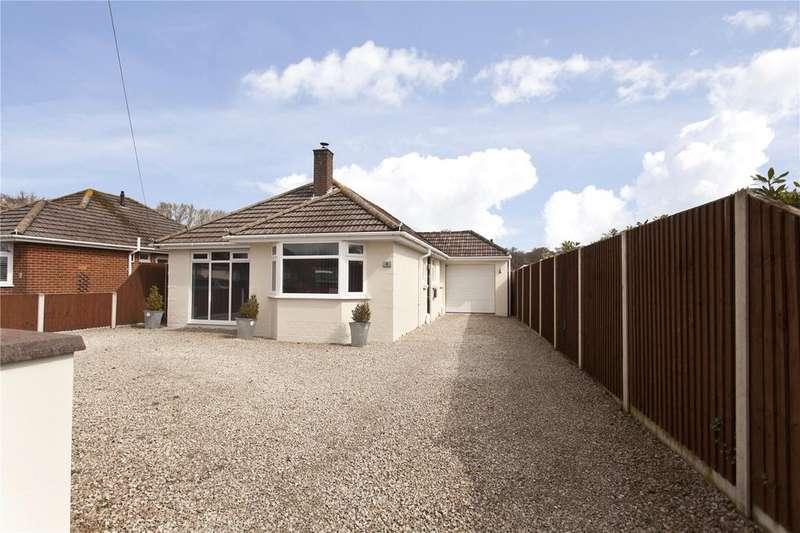 4 Bedrooms Detached Bungalow for sale in Stalbridge Road, Creekmoor, Poole, BH17