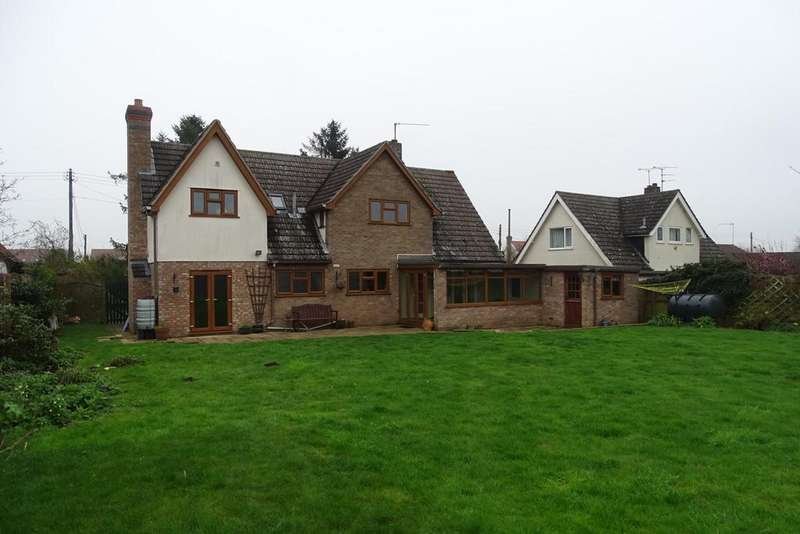 5 Bedrooms Detached House for rent in Woolpit Road, Norton