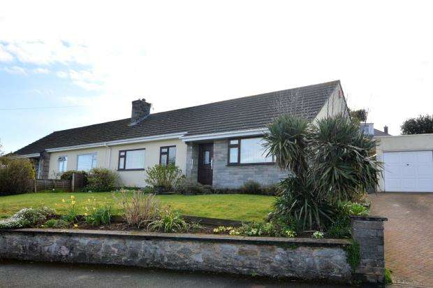 3 Bedrooms Semi Detached Bungalow for sale in Mount Batten Way, Plymouth, Devon