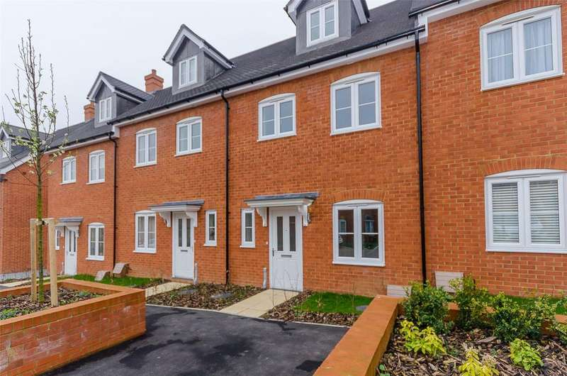 4 Bedrooms Terraced House for sale in Colyn Drive, Maidstone, Kent, ME15