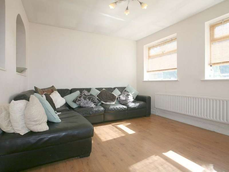 4 Bedrooms Detached House for sale in Ryecroft, Lichfield Road, Cannock, WS11 8EQ