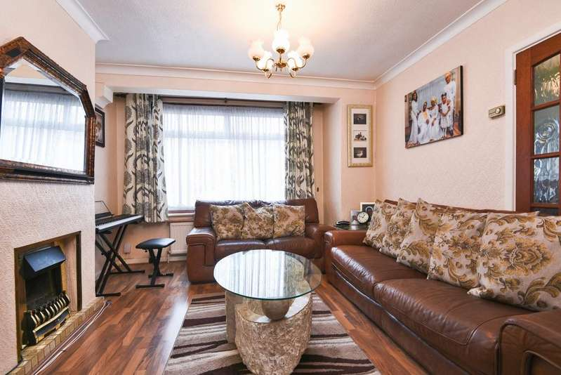 3 Bedrooms Semi Detached House for sale in Welton Road London SE18