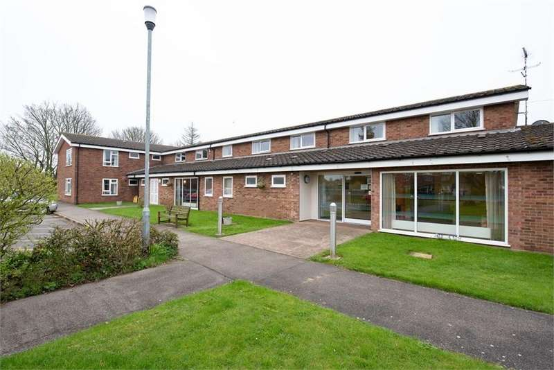 2 Bedrooms Flat for sale in The Evergreens, School Lane, Butterwick, Boston, Lincolnshire