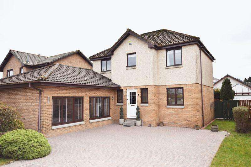 5 Bedrooms Detached Villa House for sale in 10 Hillcrest, Stewarton KA3 5EE