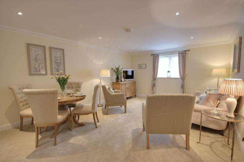 1 Bedroom Retirement Property for sale in Bolnore Road, Haywards Heath