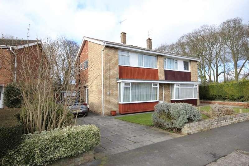 3 Bedrooms Semi Detached House for sale in Grange Drive, Cottingham, HU16