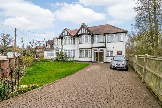 4 Bedrooms Semi Detached House for sale in Wood End Road, Harrow, Greater London