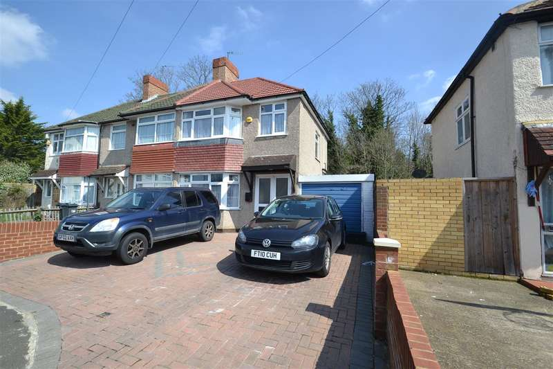 3 Bedrooms Semi Detached House for sale in Beeston Way, Feltham