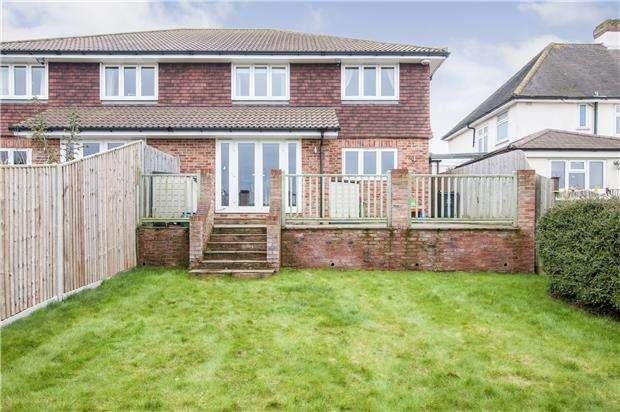4 Bedrooms Semi Detached House for sale in Eton Road, ORPINGTON, Kent, BR6 9HD