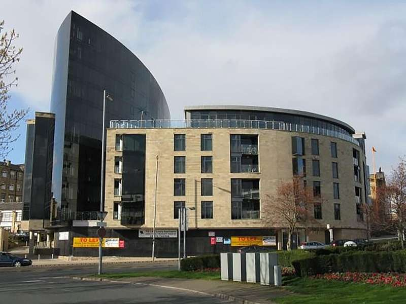 1 Bedroom Apartment Flat for sale in The Gatehaus, Leeds Road, Bradford, West Yorkshire, BD1 5BL