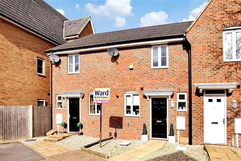 2 Bedrooms Terraced House for sale in Searchlight Heights, Chattenden, Rochester, Kent