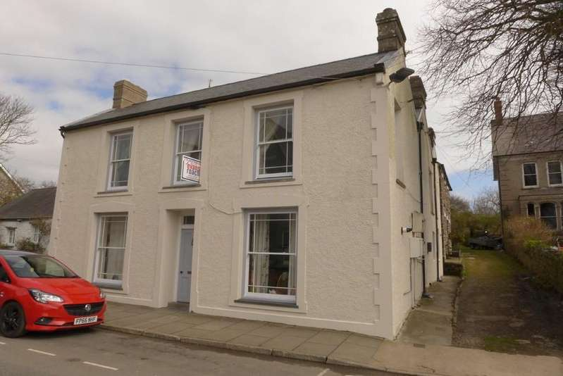 1 Bedroom Apartment Flat for sale in New Street, St David's, Haverfordwest