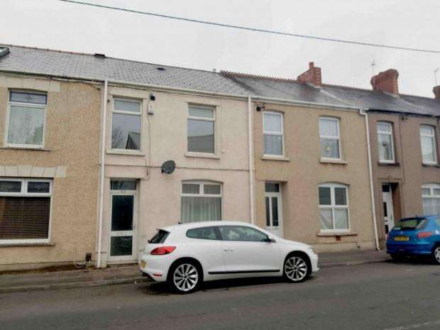 3 Bedrooms Terraced House for sale in West Street, Gorseinon , Swansea, SA4