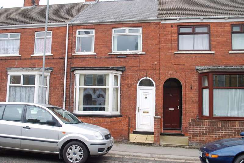 3 Bedrooms Terraced House for sale in Arthur Street, WITHERNSEA, East Riding of Yorkshire