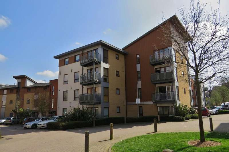 2 Bedrooms Apartment Flat for sale in MUST BE VIEWED - BEAUTIFULLY PRESENTED