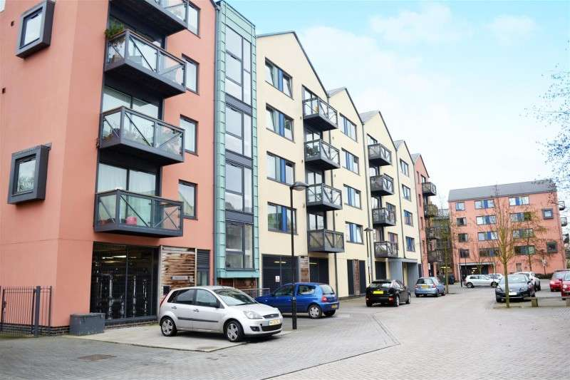 2 Bedrooms Property for sale in Norris House, Union Lane, Isleworth