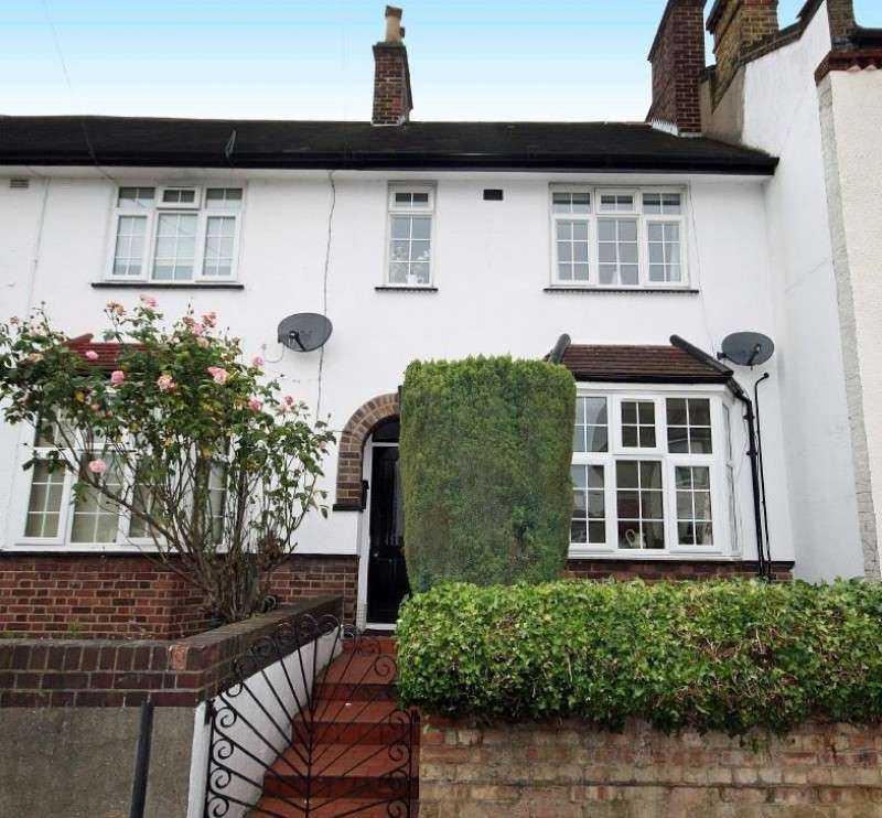 3 Bedrooms Property for sale in Loring Road, Isleworth Village