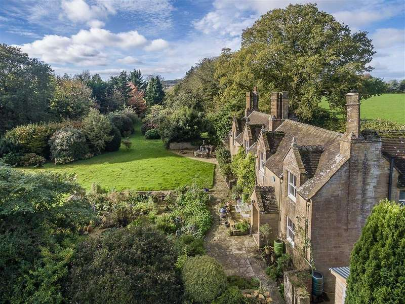 5 Bedrooms Detached House for sale in Marks Barn, Crewkerne, Somerset, TA18