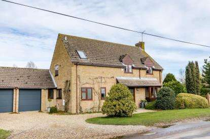 4 Bedrooms Equestrian Facility Character Property for sale in Pymoor, Ely, Cambridgeshire