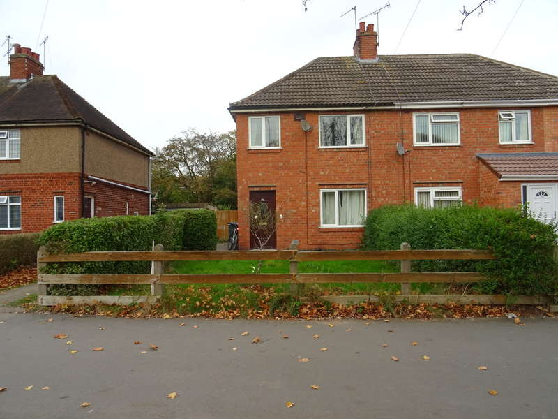 3 Bedrooms Semi Detached House for sale in Charter Avenue, Canley, Coventry