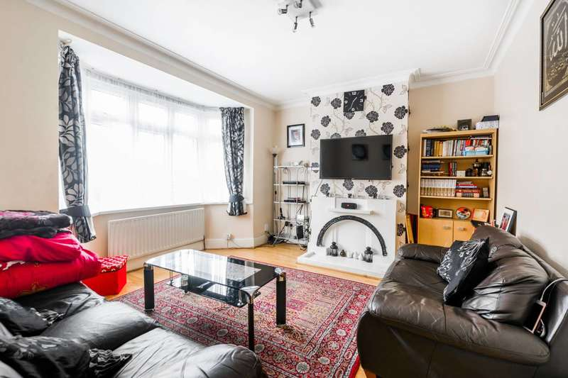 3 Bedrooms Terraced House for sale in Roman Road, Upton Park, E6