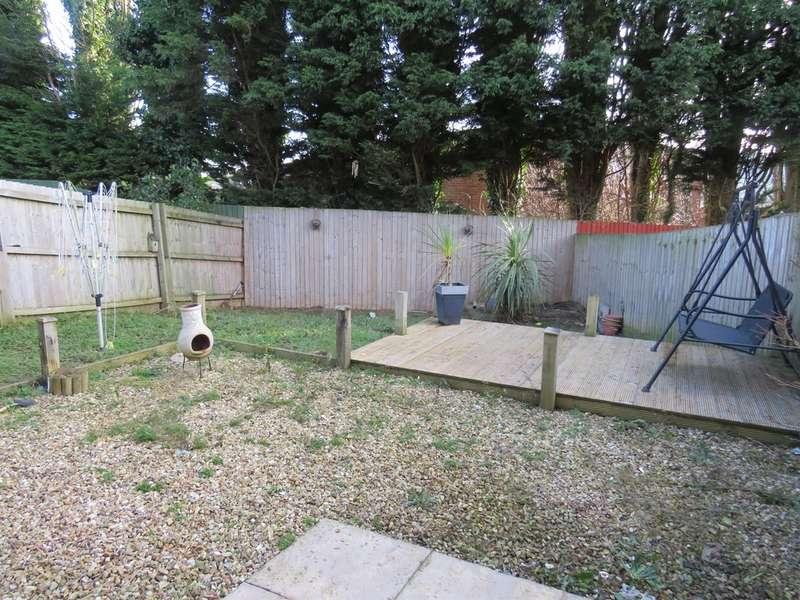 3 Bedrooms Semi Detached House for sale in Clos Joslin, Bridgend