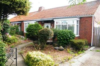 2 Bedrooms Bungalow for rent in Wellbank Road, Usworth, Washington