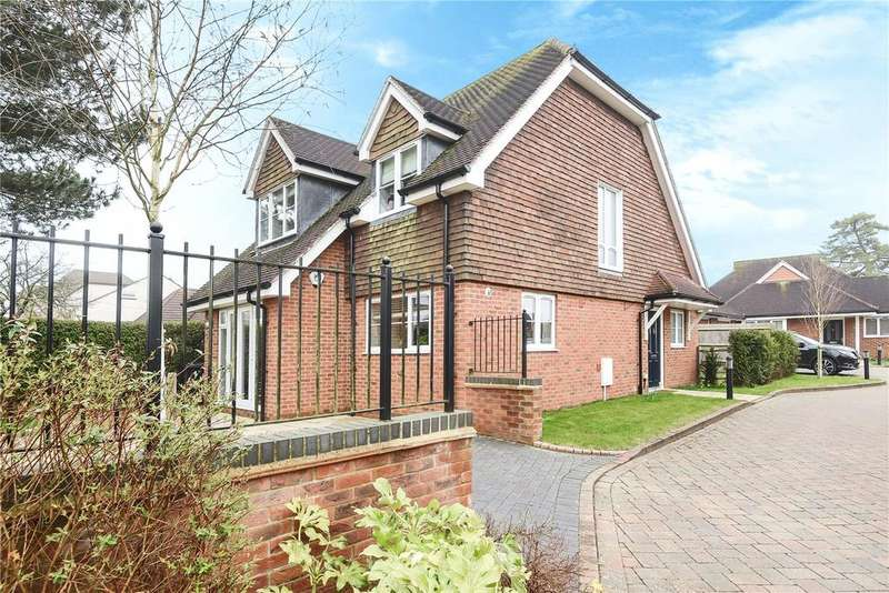 3 Bedrooms Detached House for sale in Ambleside Close, Basingstoke, Hampshire, RG22