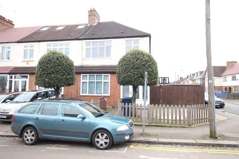 3 Bedrooms End Of Terrace House for sale in Henry Road, New Barnet