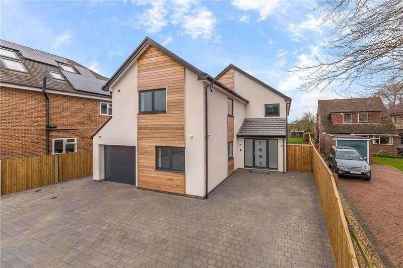 6 Bedrooms Detached House for sale in Mayflower Road, Park Street, St. Albans, Hertfordshire