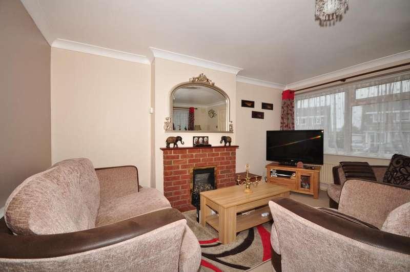 3 Bedrooms Semi Detached House for rent in Riverhead Close Allington ME16
